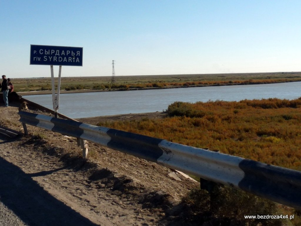 Syr-daria druga najdłuższa rzeka na świecie z ujściem w jeziorze