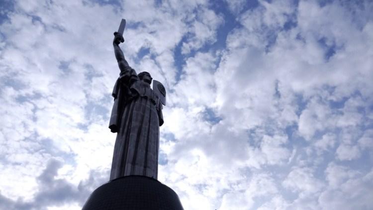 Rodina Mat Moederland - Bezoek Kiev