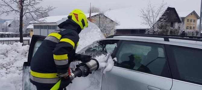 Fahrzeugbrand in Finkenstein