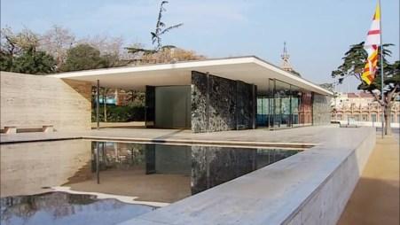 Pabellón Mies Van der Rohe. Exterior