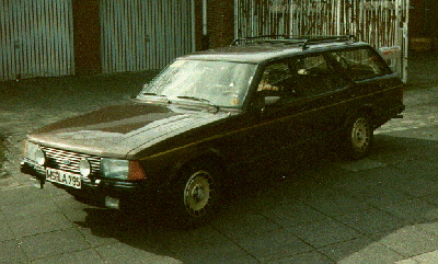 1990 My Ford Granada - still with MEDICA Sticker on the windshield