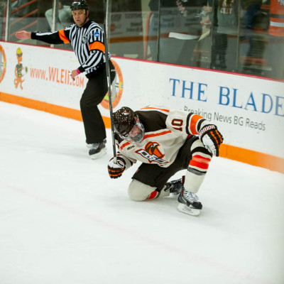 BG_vs_Mankato110114-9782