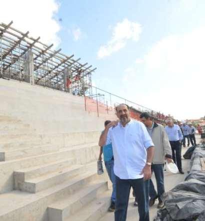 'Não é normal polícia em porta de hospital', diz Kalil sobre Guarda Municipal nas UPAs de BH