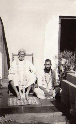 Seu amado mestre espiritual, Srila Bhakti Prajnana Kesava Maharaja