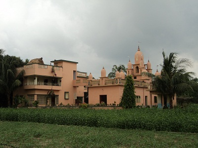 Templo da Gaudiya Matha, em Nidaya Ghata