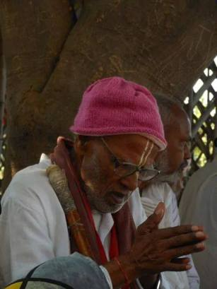 Sriman Siddhanatha Tiwari Prabhu no Vraja-mandala Parikrama 2014