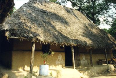 Jagannatha Puri, Orissa- Cabana de palha onde Braja Bandhu (Srila Goura Govinda) nasceu e cresceu.
