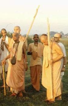 com prabhupada 3