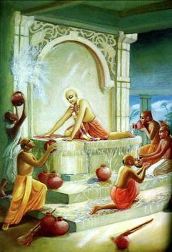Sri Caitanya Mahaprabhu e Seus associados limpando o templo Gundica.
