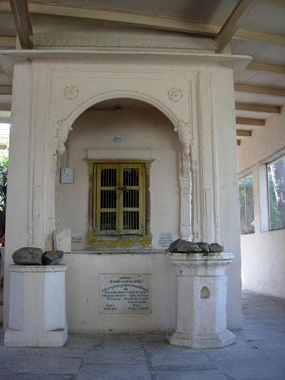 Samadhi de Śrīla Lokanātha Gosvāmī