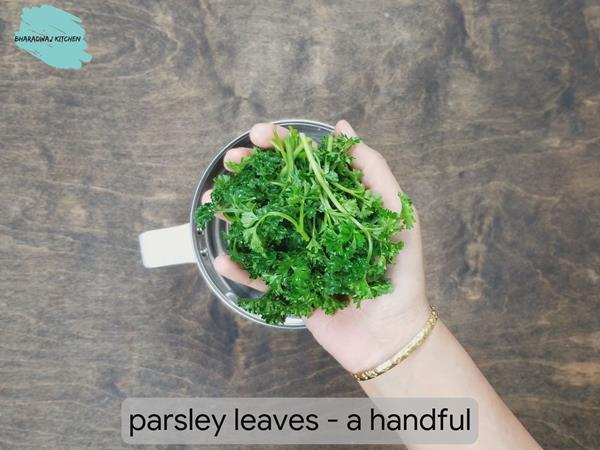 Healthy Parsley in 2 ways | Parsley & Cilantro Juice For Natural Kidney  Cleansing & Liver