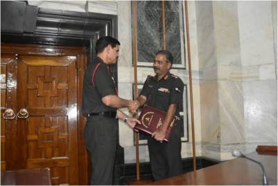 General Dalbir Singh, #COAS thanked Officers for Their Service to the Sation5
