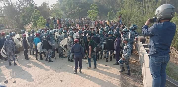 भारतबाट १ लाख मजदुर नेपाल भित्रँदै, व्यवस्थापन नभए संक्रमण भयावह हुन सक्ने