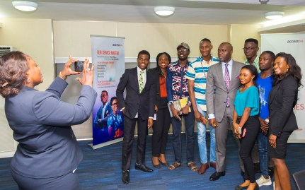 DMD and Access Bank staff with Unilag delegates