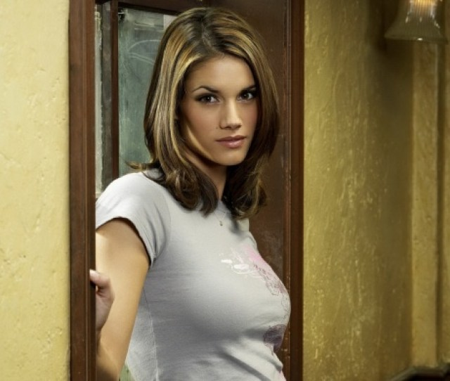 Missy Peregrym Sexy Look Click To View