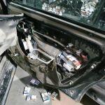 Białorusini w przerobionych samochodach przemycali papierosy