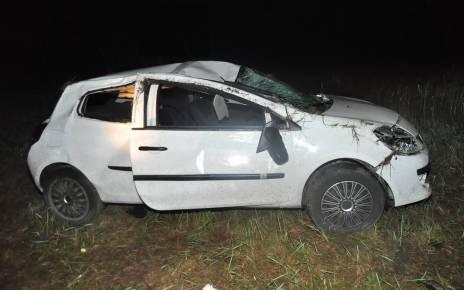 Auto zjechało do rowu i dachowało - wypadek w Wólce Plebańskiej