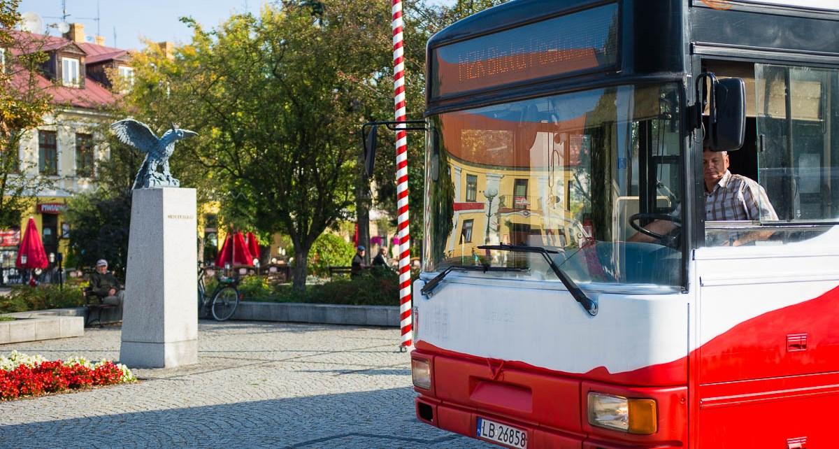 """""""Patriotyczne"""" autobusy MZK w Białej Podlaskiej"""