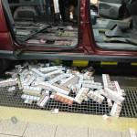 """453 kartonów papierosów znaleziono w samochodzie Białoruskiego """"turysty"""""""