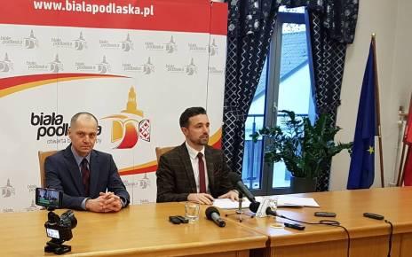 Pierwszym i jednym wiceprezydentem Maciej Buczyński