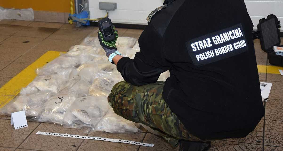 W Sławatyczach udaremniono przemyt 50 kg narkotyków