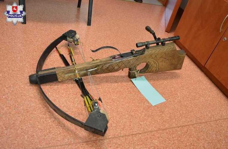 Narkotyki, broń, materiały wybuchowe, alkohol – bogata kolekcja mieszkańców gminy Sarnaki