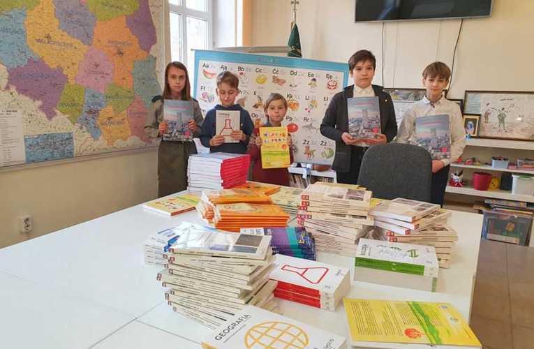 Książki trafiły do polskiej szkoły harcerskiej im. Romualda Traugutta w Brześciu