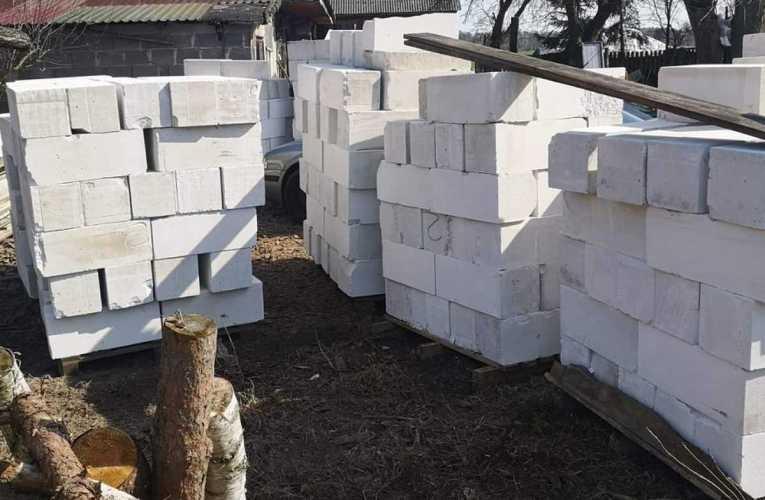 Kradli materiały budowlane