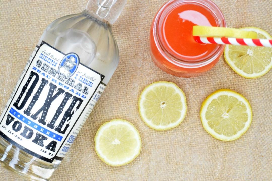 strawberry-lemonade-vodka-cocktail-1
