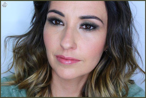 3.Maquillaje en verdes