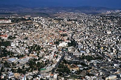 Vista aérea actual de Nazareth (60.000 h.)