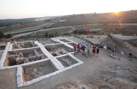 Archaeological discoveries--Temple at Lachish