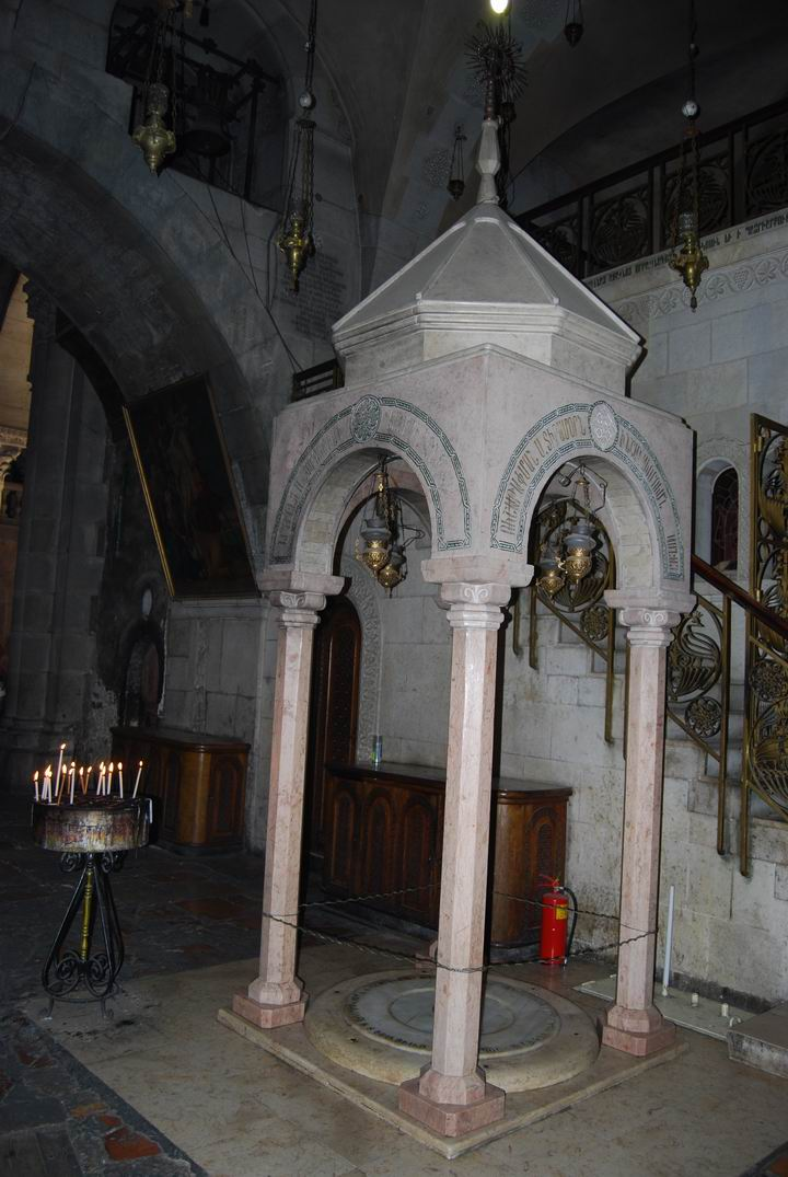 Armenian chapel south to Jesus Tomb.