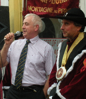 Jack McCarthy singing at the Brotherhood of the Knights of the Black Pudding reception in Kanturk