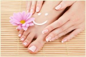 Découvrez comment blanchir ses ongles à l'aide de ces astuces