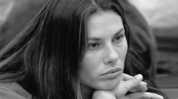 """Dayane Mello, il suo staff accusa la produzione de La Fazenda: """"L'hanno minacciata di espulsione e le hanno negato un avvocato"""""""