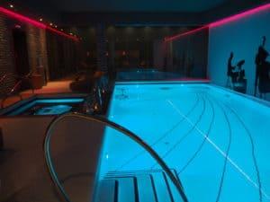 budapest aria hotel pool