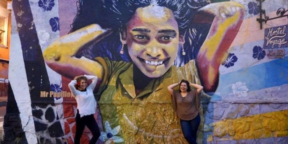 Mural en cerro Alegre, Valparaíso - Bichito Viajero