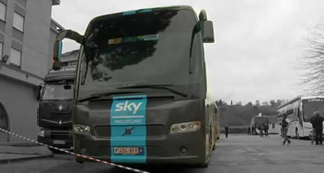 team-sky-bus