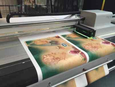 Impresión mediante tintas UV