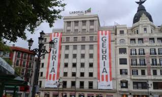 Lonas del Athletic en El Arenal