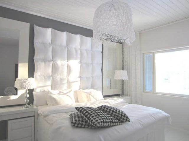 tete de lit design et bien rembourree