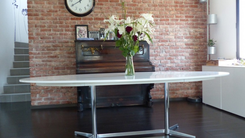 Table Gidea Relookee Avec Pied Des Annees 70