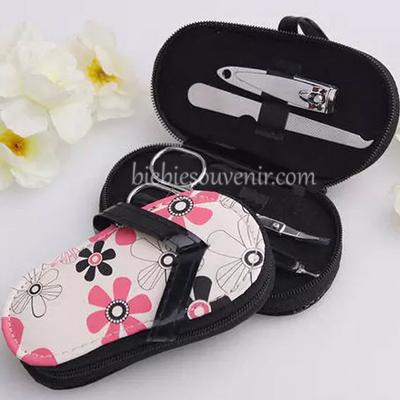 souvenir pernikahan sandal floral manicure set unik