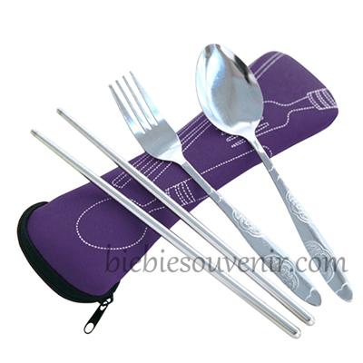 Souvenir pernikahan travel cutlery set sendok garpu sumpit