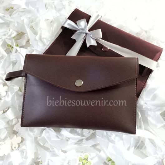 souvenir pernikahan pouch bag