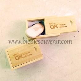 souvenir Wooden USB round merchandise