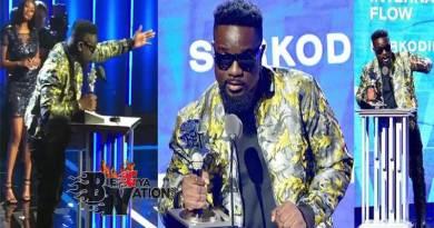 Sarkodie wins BET Best International Flow award, 2019 BET Hip Hop Awards.