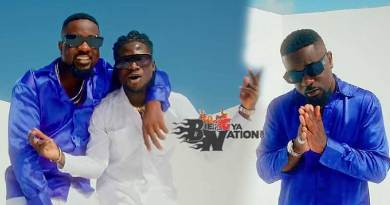 Sarkodie ft Kuami Eugene Happy Day Music Video directed by Prince Dovlo, song produced by MOG Beatz and Possigee