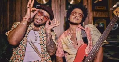 Bruno Mars ft Anderson Paak Silk Sonic Leave The Door Open Music Video directed by Florent Dechard.